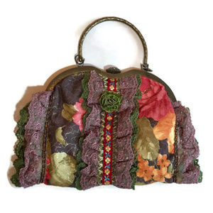 Nicole Lee Collection Victorian Ruffle Coin Purse